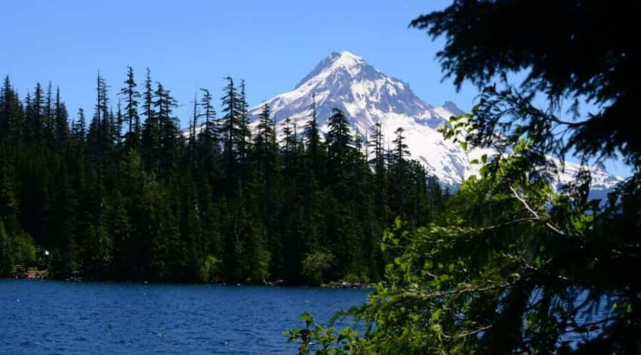 6 Wonderful Hikes near Mt Hood, Old Parkdale Inn