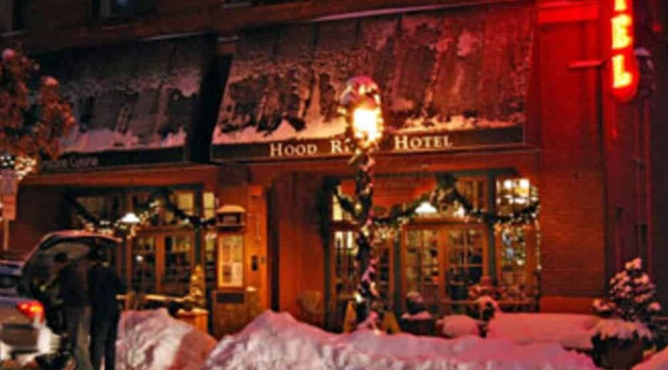 Holiday Events in Downtown Hood River ~ Tree lighting, parade and shopping for all, Old Parkdale Inn